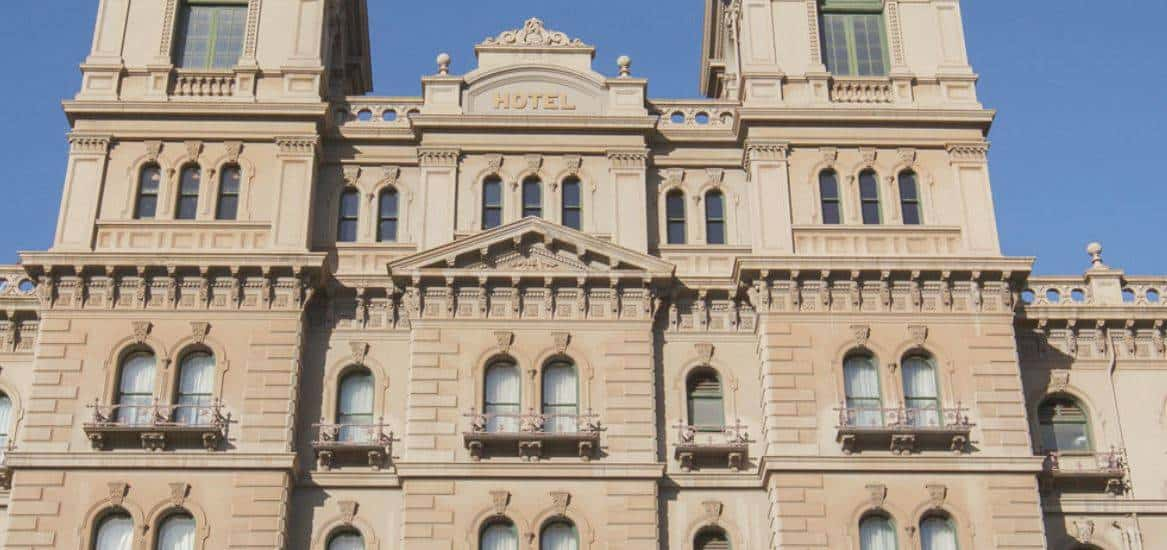 The Hotel Windsor Accommodation and Hotel Burwood Melbourne