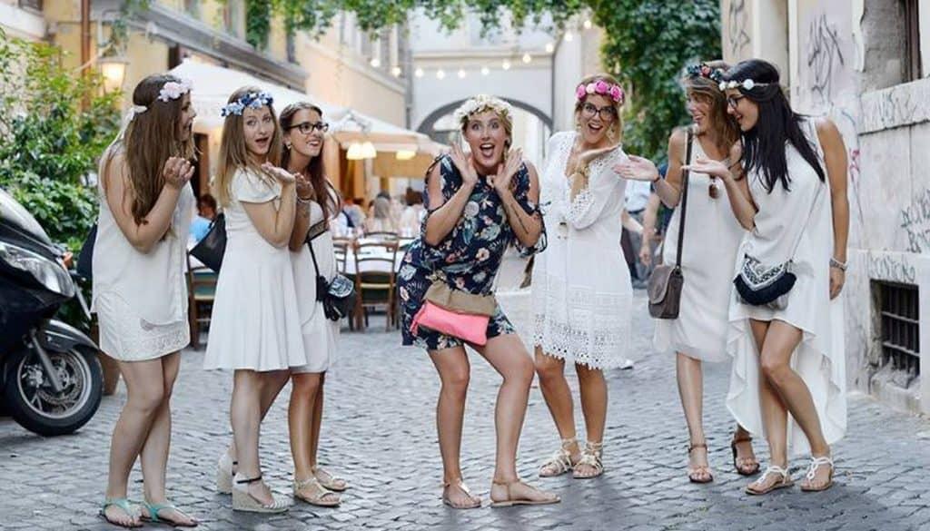 girls in paris streets wearing white