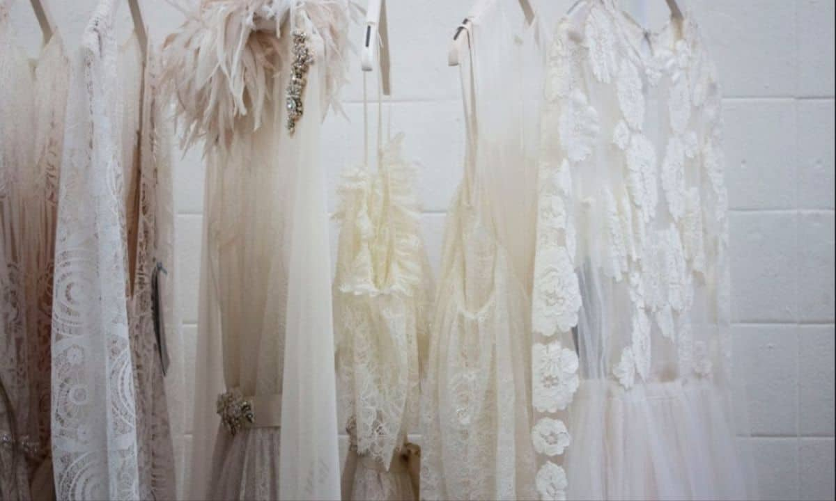 handy guide to wedding dress selling