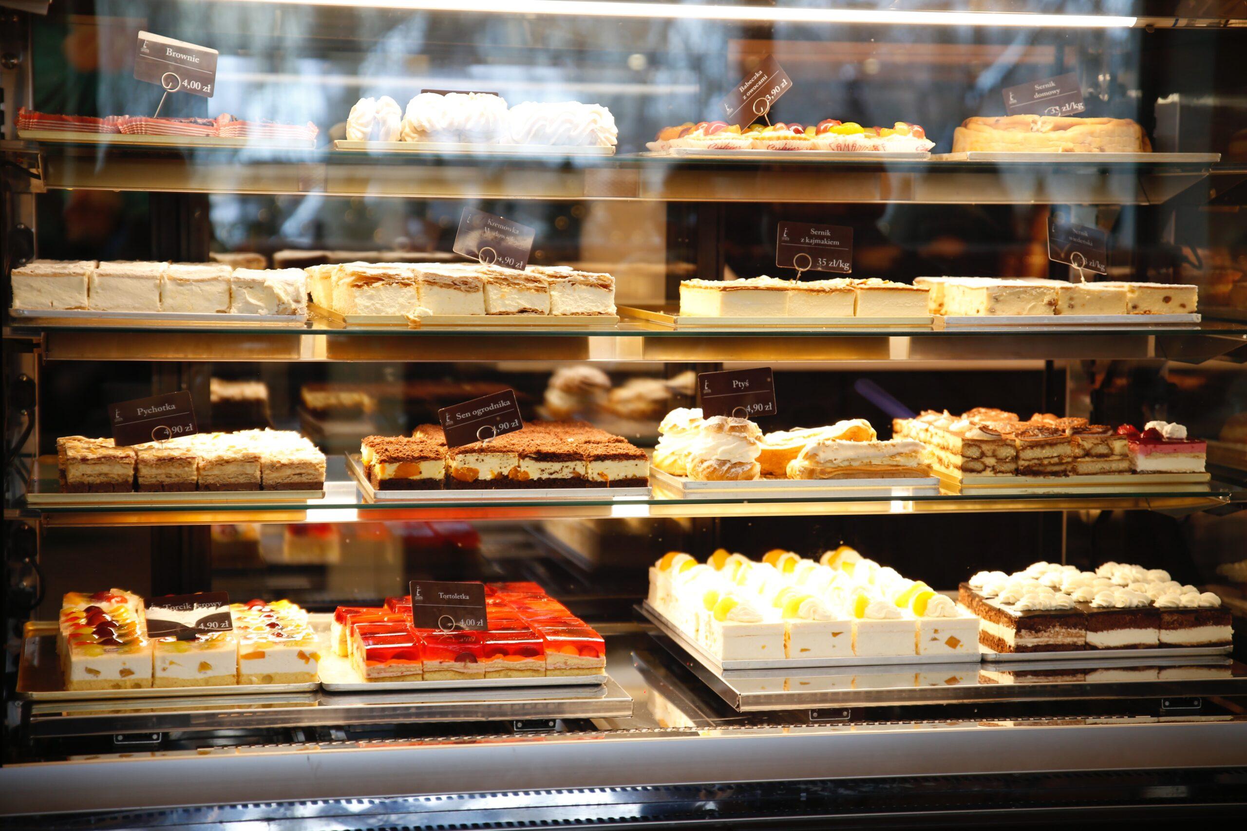 Cake Shop Vines