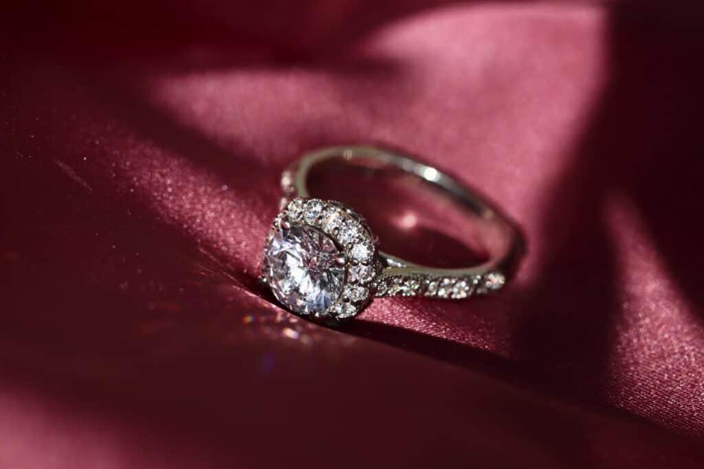 Diamond Ring Sparkle