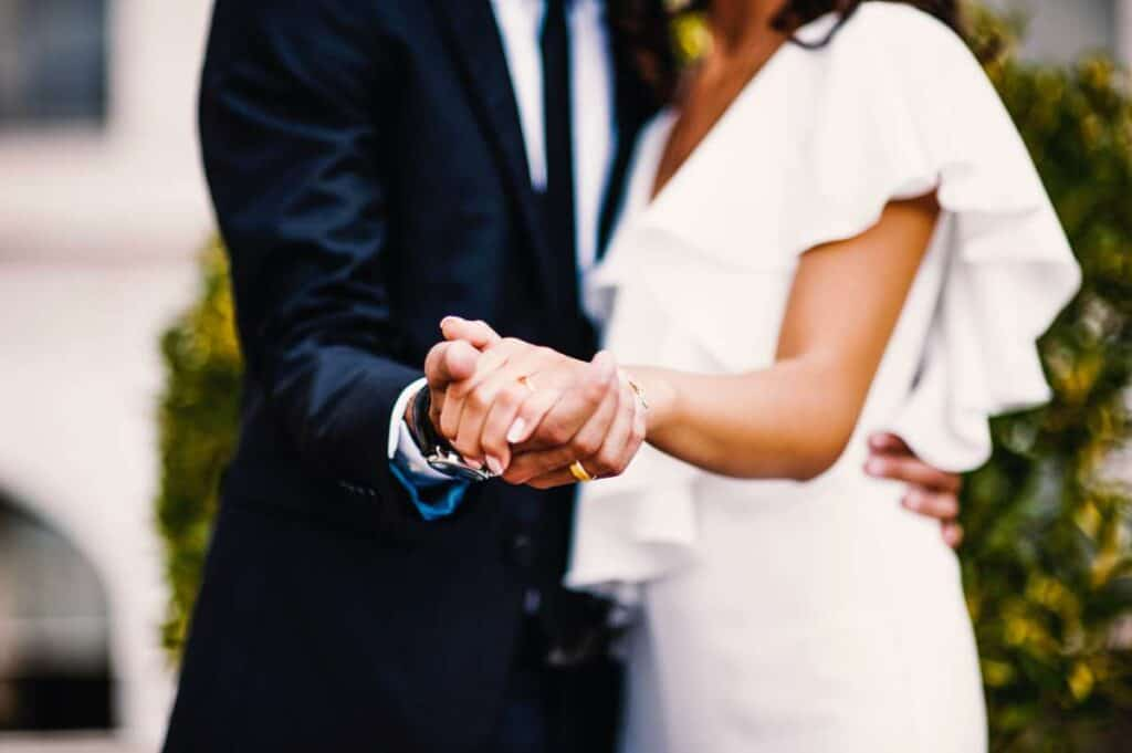 how do you plan a wedding on a small budget