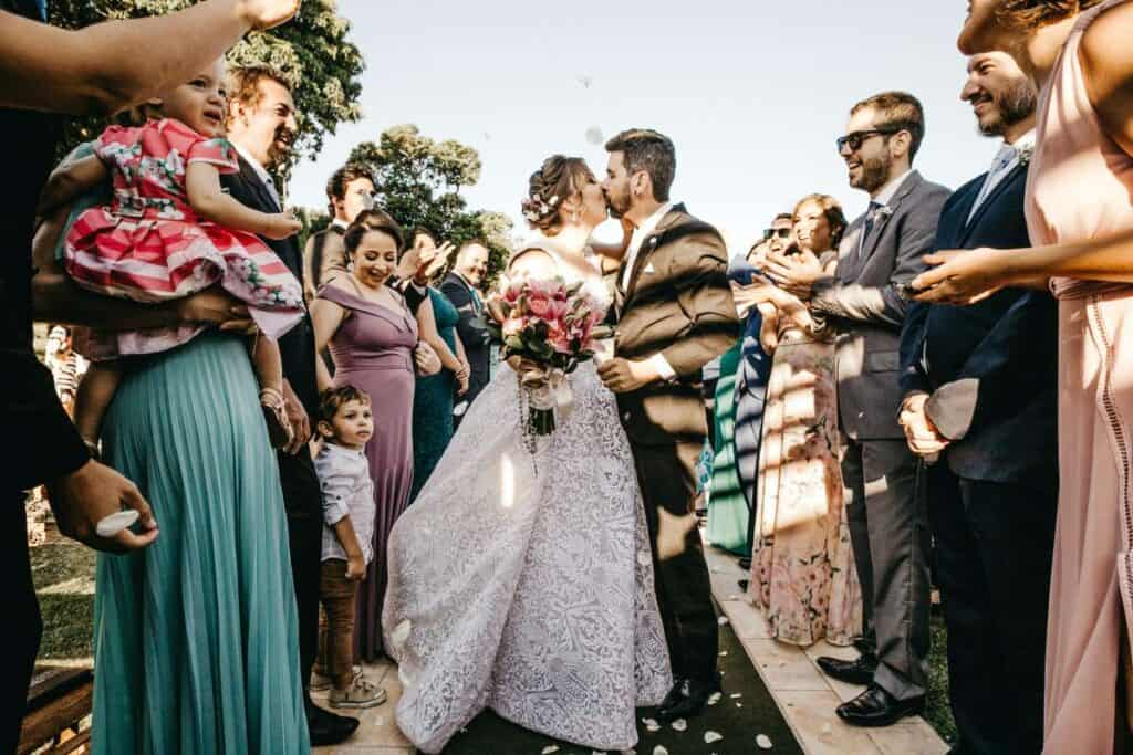 how to enjoy your wedding day