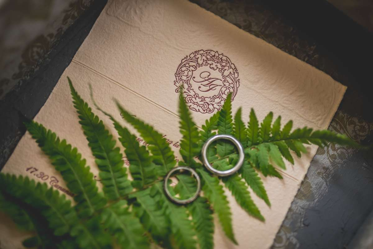 is it worth making your wedding invitations