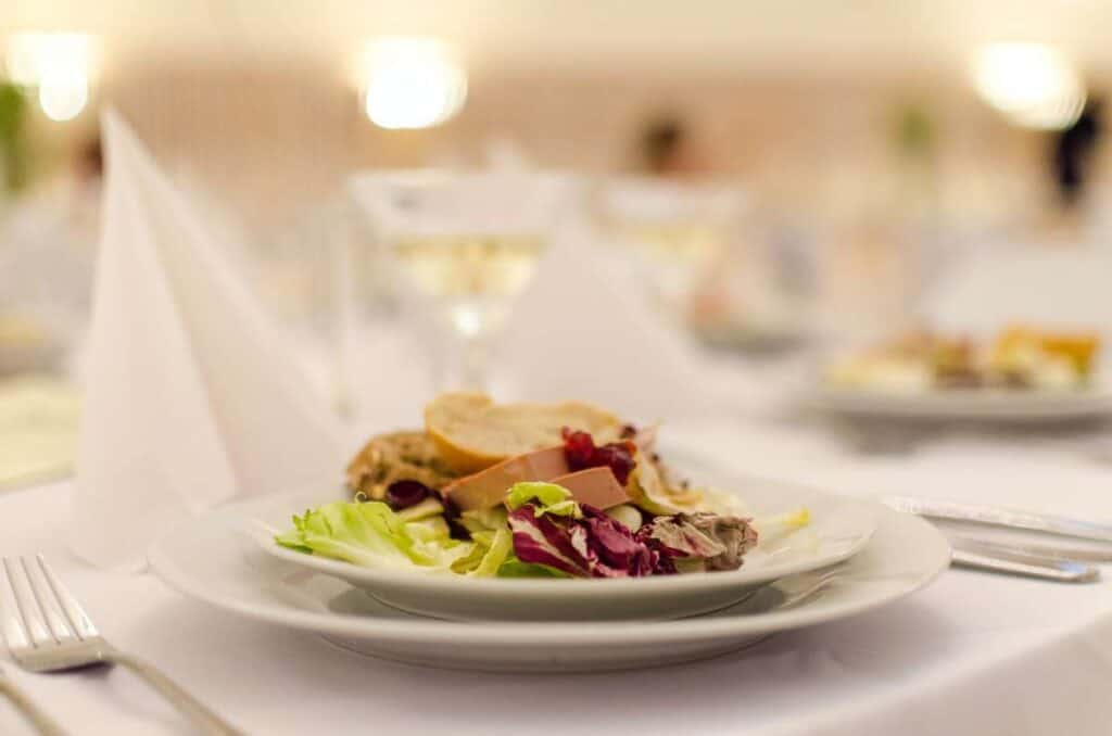 what to look for in a wedding caterer