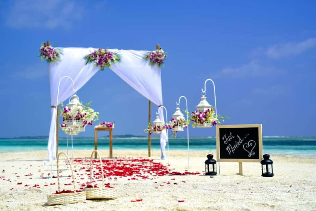 how can i decorate my wedding cheaply (3)