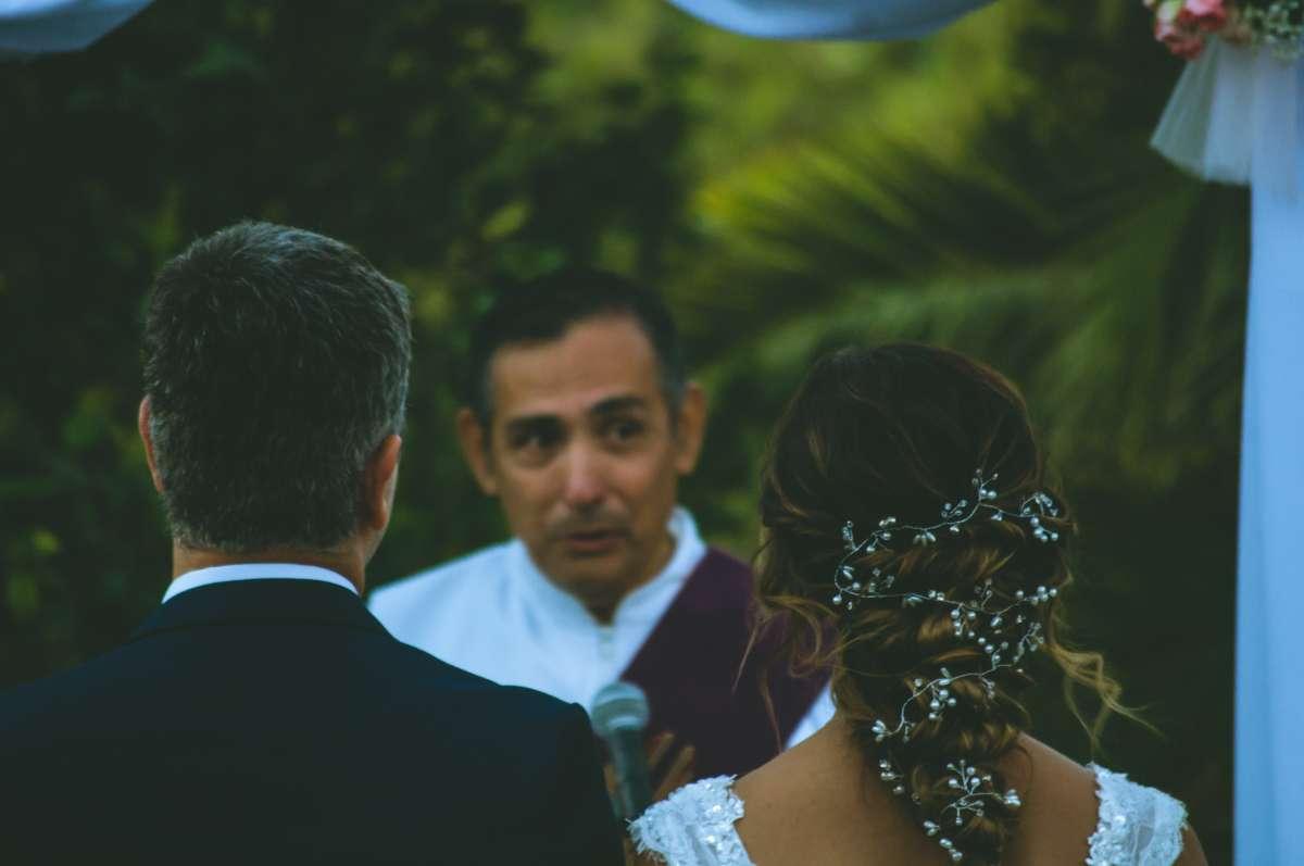 how do i choose a wedding officiant