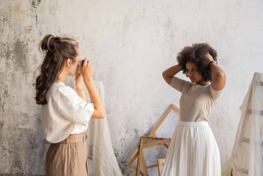 how to direct your models in a photoshoot (2)