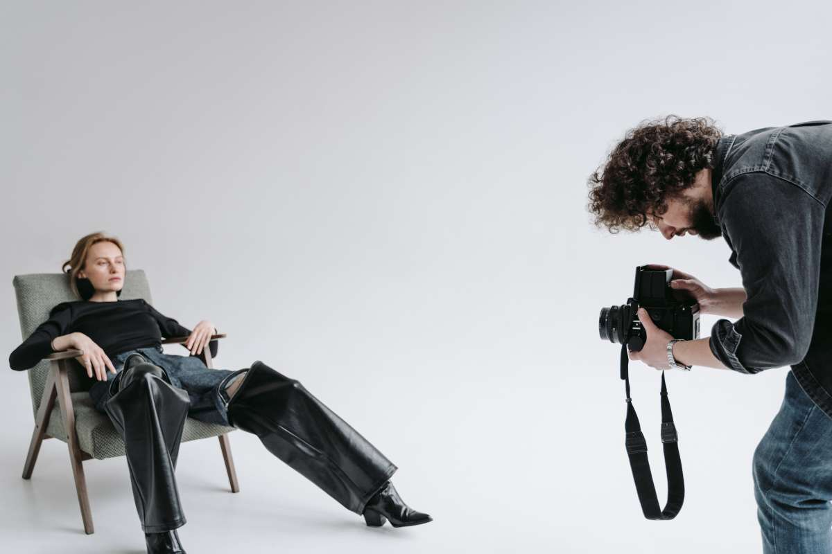 how to direct your models in a photoshoot