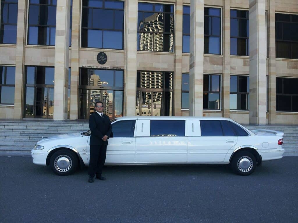 vines top limo & hummer hire melbourne, victoria [2021]